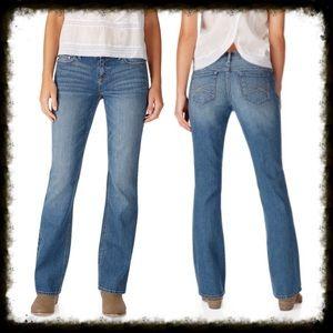 Aeropostale Denim - Aeropostale Curvy Bootcut Jeans