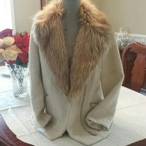 FOREVER 21 FAUX FUR COLLAR WINTER COAT