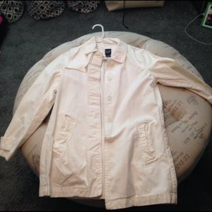 White trench jacket from GAP size S