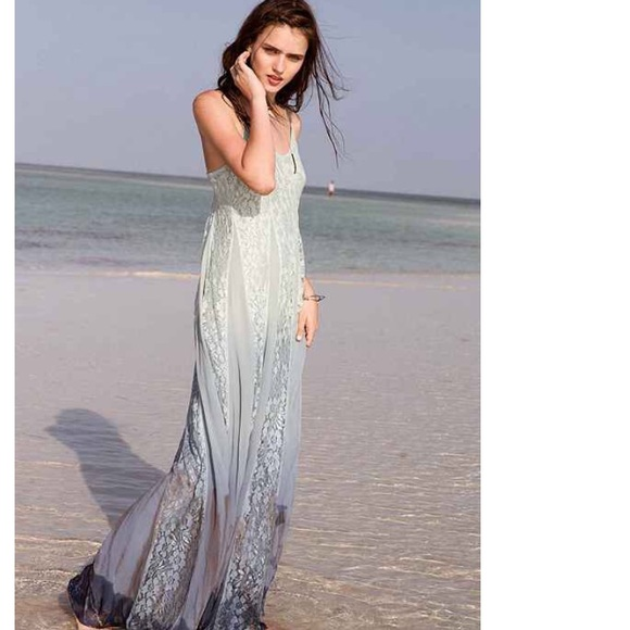 7b073de3bb7 Kimchi Blue Beyond The Sea Lace-Inset Maxi Dress