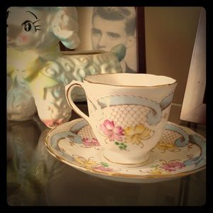 avalon Other - Avalon bone china England tea cup & saucer