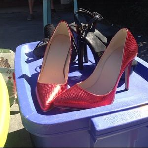 Shoes - Red hot heels