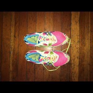 Asics Ahar Running shoes