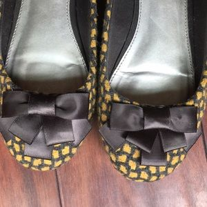 Fergalicious Shoes - Fergalicious ballet flats gray & yellow bow decal