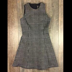 J. McLaughlin Dresses & Skirts - NWT J. McLaughlin houndstooth fit & flare dress