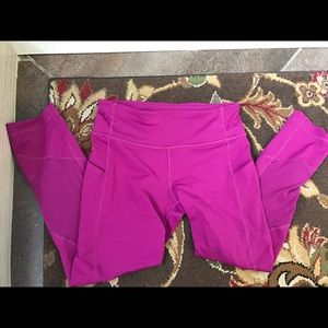 Pace rival lululemon size 4