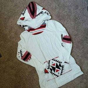 Tops - NWOT Hooded long sleeve shirt