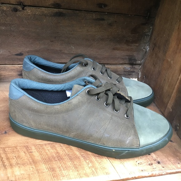 52d263a7ad4 Van Grack Shoes For Sale ✓ Shoes Collections