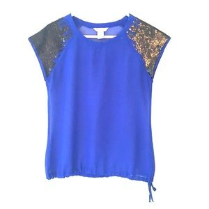 Fun & Flirt Tops - Blue top with sequin sleeves