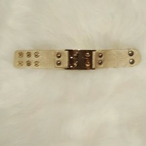 NWOT gold spiked cuff
