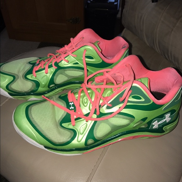 6b3f85f648af Under Armour Anatomix Spawn Low Top UAA Shoes. M 589f697b4e8d176da102df6c