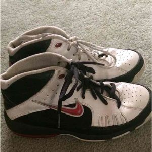 Nike Other - Nike shoes boys size 7