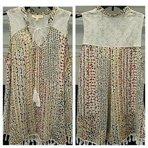 Tops - Floral & Lace Tank