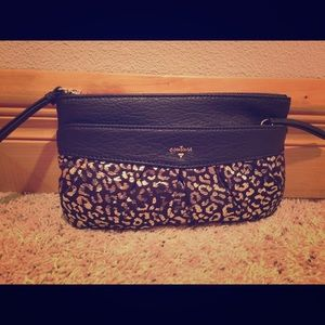 Juicy Couture Handbags - 🎉Host Pick🎀NWT Juicy Couture Clutch🎀
