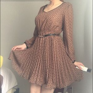 Takara Dresses & Skirts - Polka dot dress 👗