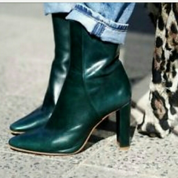 aa898c5d29d ZARA GREEN LEATHER HIGH HEEL ANKLE BOOTS NWT