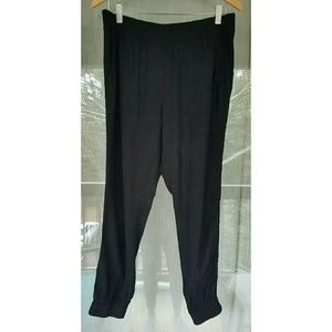 LOFT Pants - !! Loft Black Jogger Pants