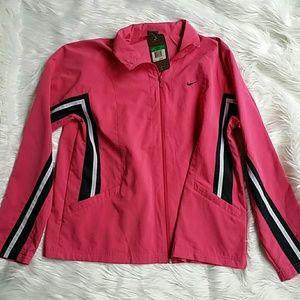 Nike jacket  size xl nwt (has a spot)