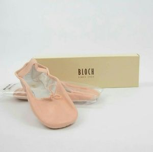 Bloch Other - Bloch DanSoft II Girls Ballet Flats - Pink NIB