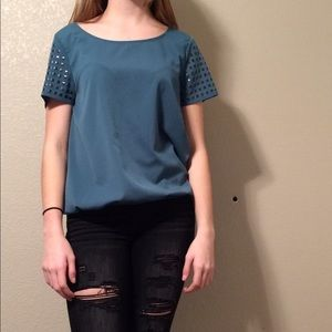 a.n.a Tops - emerald short sleeve with shoulder jewels