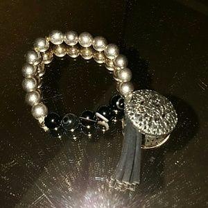 Express beaded bracelet with tassel