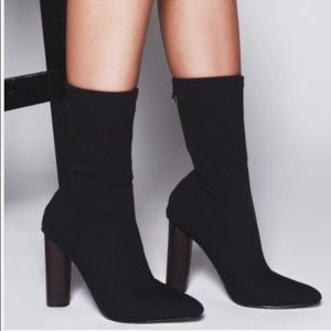 reputable site 1c766 21a87 Black Booties Boutique