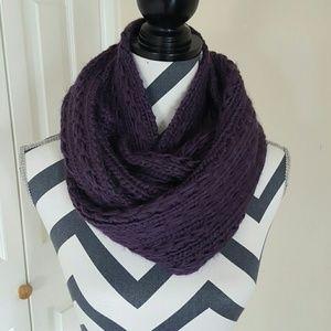 Lulu Accessories - PRICE DROP  Purple Knit Infinity Scarf NWT