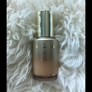 NEW! STILA Aqua Glow Serum Foundation LIGHT MEDIUM