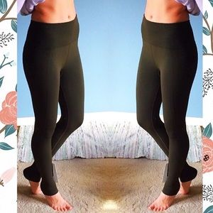 lululemon athletica Pants - NWT❤️️Lululemon Flow & Go Tights Olive Compression