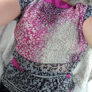 Bisou Bisou Tops - Black berry Bisou Bisou drawstring blouse M