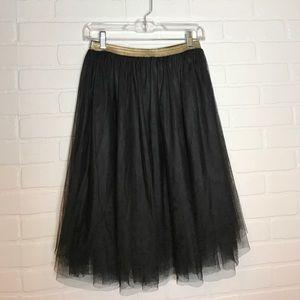 Elastic waist black tulle skirt Sz S