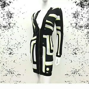Auditions Dresses & Skirts - Stylish Geometric Patterned Dress