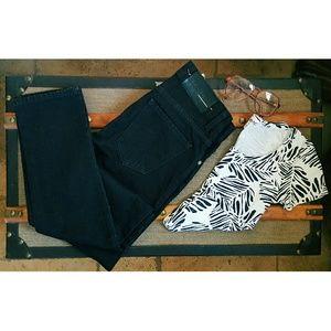 BLK DNM Denim - BLk DNM JEANS & Crop top Outfit bundle