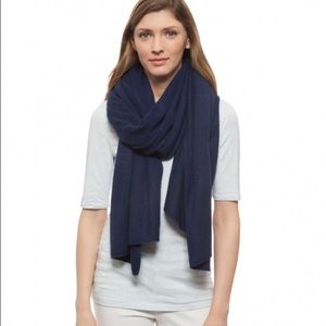 White + Warren Accessories - Cashmere wrap