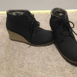 Wedge heels shoes size 6.5