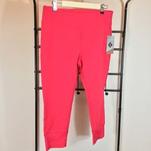 Black Diamond Pants - NWT🌺Fuchsia Black Diamond Capris Leggings🌺