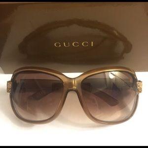 GUCCI large stoned sunglasses