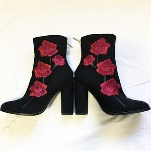 LF Shoes - BNWT rose embroidery suede boot