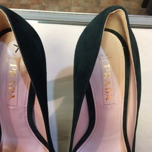 Authentic Prada platform pumps