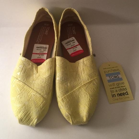 bd17e98255a Size 12W Women s Classic Citron Neon Tribal TOMS