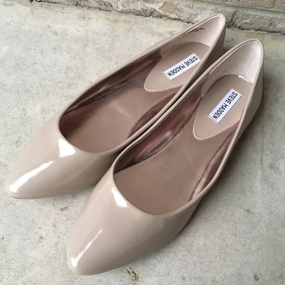 91e84745f5f NWOB Steve Madden Irie Taupe Pointed Toe Flats 11