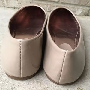 50fb30c8fee Steve Madden Shoes - NWOB Steve Madden Irie Taupe Pointed Toe Flats 11