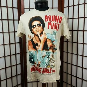 Next Level Other - Bruno Mars Moonshine Jungle Concert T-shirt Sz S