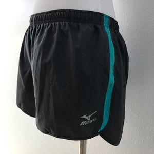Mizuno Pants - Mizuno dynamic plus shorts