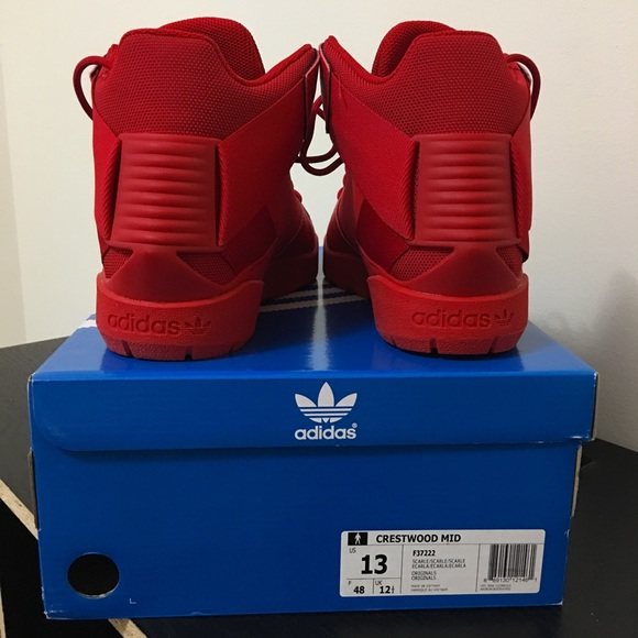 outlet store bfc60 3c667 Mens Adidas Crestwood Mid NEW IN BOX. NWT. Adidas.  M589fd97541b4e0ae5f02eedc. M589fd9762fd0b7f3d00499d1.  M589fd977ea3f36ef5104a48b