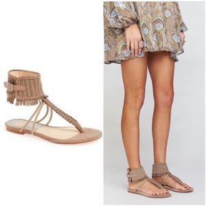 Dolce vita, size 7, nwob, regan sandal