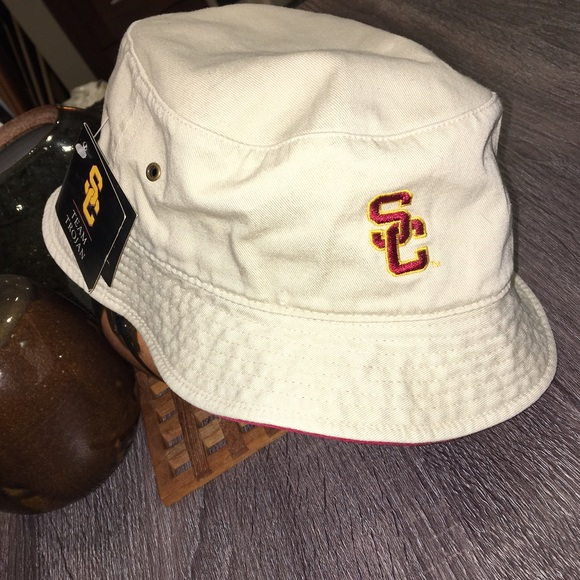 7094aa7a7 NEW USC bucket hat NWT
