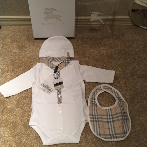 299039d0b Burberry Matching Sets | Final Sale Baby Onesie Gift Setnwt | Poshmark