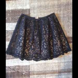 Topshop Lace skirt in size: 6