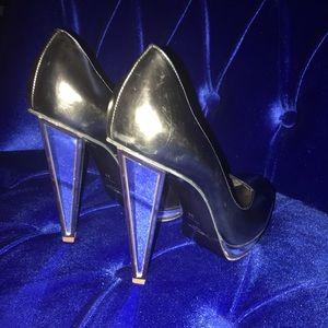 Yves Saint Laurent Shoes - ❤️YVES SAINT LAURENT Heels
